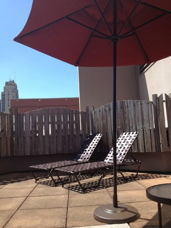 Richmond Marriott: Outdoor City Tanning Deck