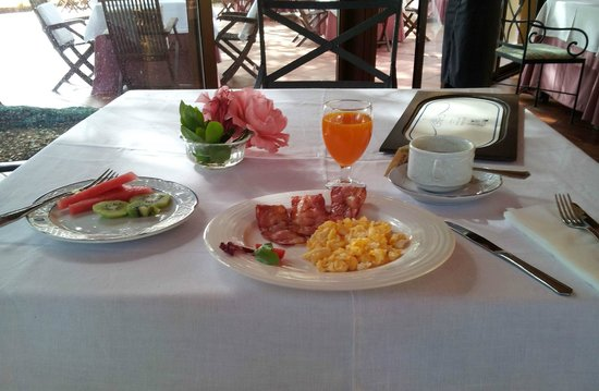 Hotel Rural Sant Ignasi: They will also prepare omelets on request for breakfast