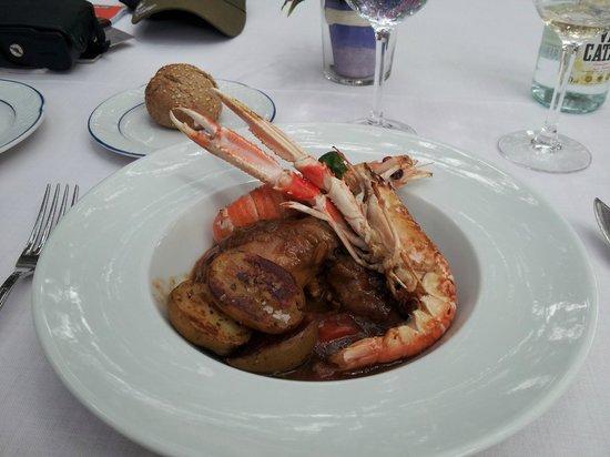 Hotel Rural Sant Ignasi: Pollo Guisado for lunch