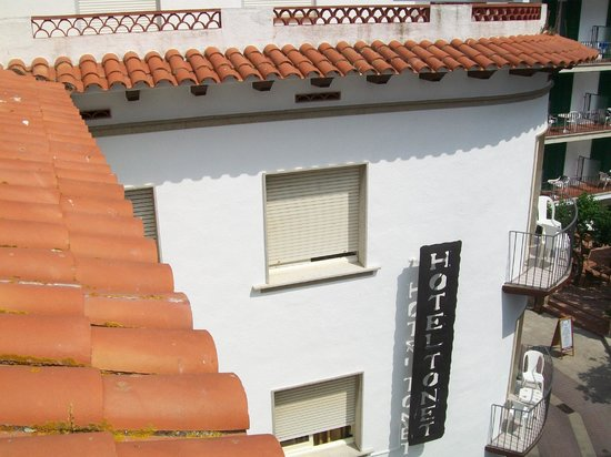 Hotel Tonet: Photo from roof terrace