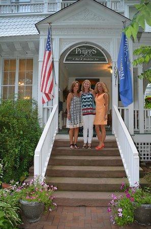 Phipps Inn: Front porch