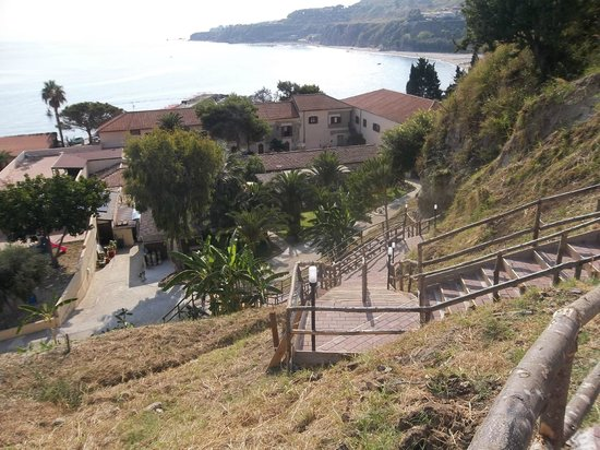 Villaggio Torre Sant'Irene: Scalinata