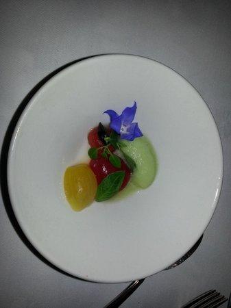 Engo Gard Hotel & Restaurant: Another course