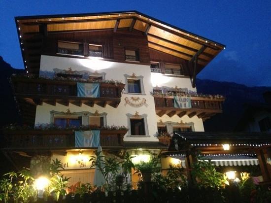 Hotel Al Sole: Dall'esterno rende meglio!