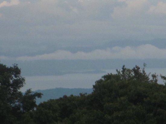 Reserva Curi-Cancha: Moutains.