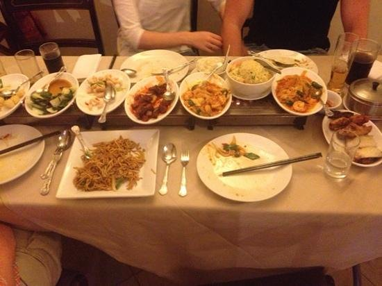 Singapore Chinese Restaurant: yummy selections of food
