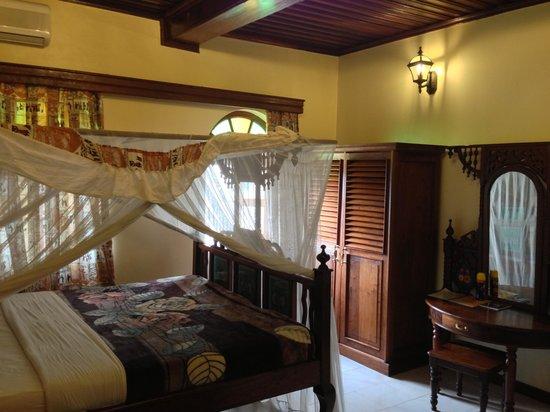 Chavda Hotel Ltd : My room