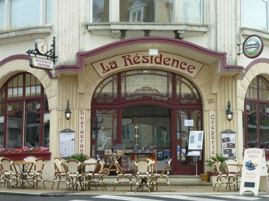 La Residence : L'entrée du restaurant