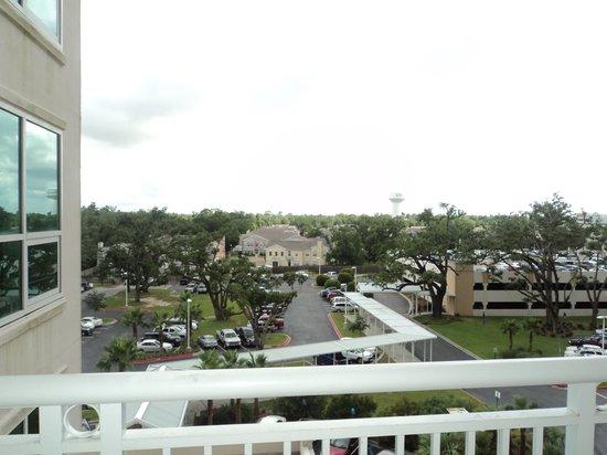 Legacy Tower By Biloxi Beach Resort : Parking Lot