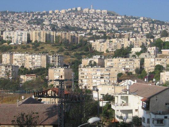 Prima Too: Udsigt over Tiberias fra værelset