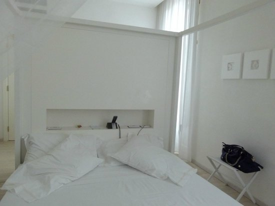 Hotel Home Florence: letto1