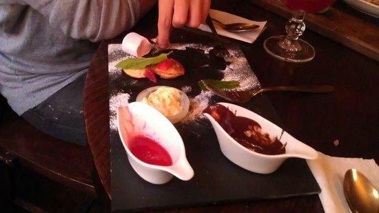 The Belgian Monk: The mini Dutch pancake dessert