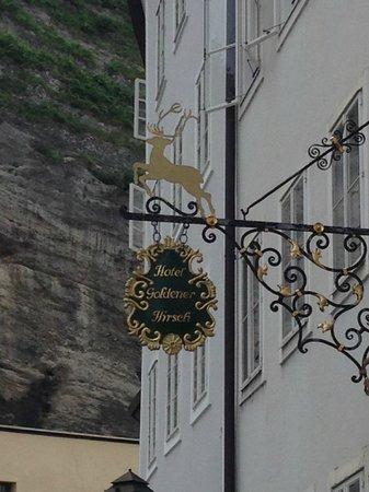 Hotel Goldener Hirsch, a Luxury Collection Hotel, Salzburg: Signpost