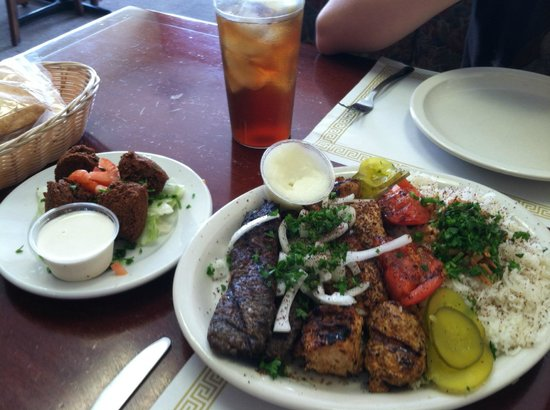 Zamaan Cafe: Combo for 2