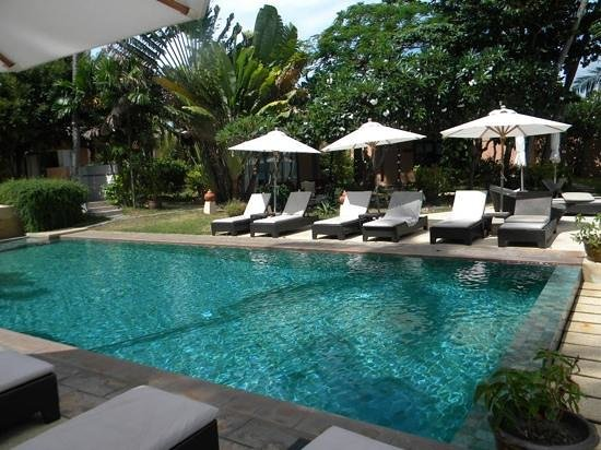 Saboey Resort and Villas: Very peaceful around the pool