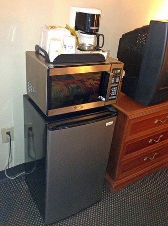 Days Inn Asheville West: micro-fridge