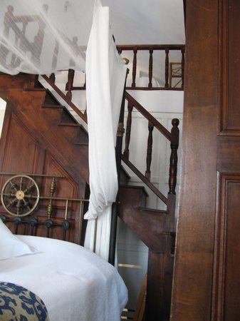 1864 The Sea Captain's House : Stairs to upper loft - Falling Stars Room