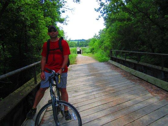 Elroy-Sparta State Trail : A bridge on the trail