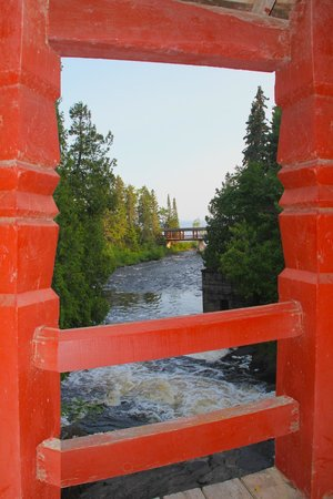 Lutsen Resort on Lake Superior: Swedish Bridges at Lutsen Resort