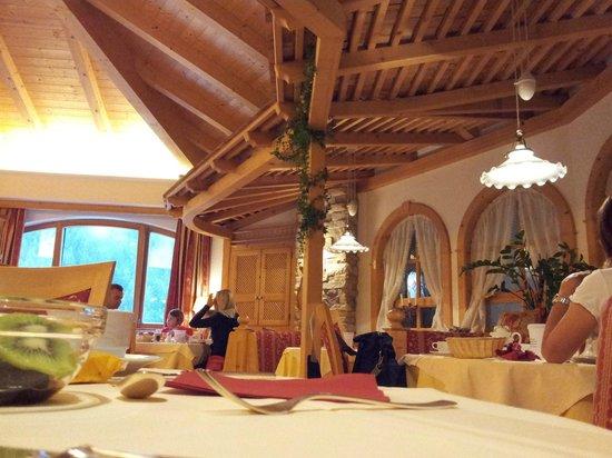 Hotel Mirabel Santa Cristina