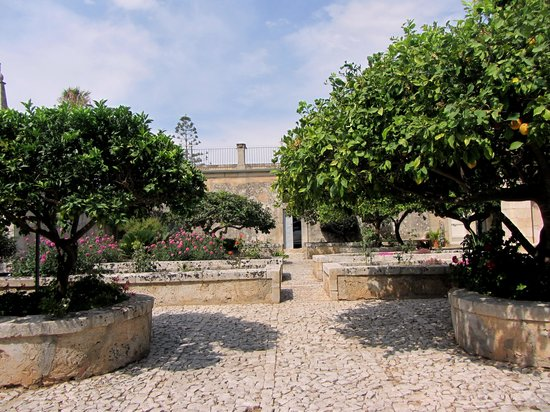 Villa Aguglie : giardino
