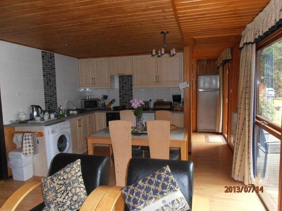 York Lakeside Lodges: Kitchen area