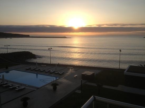Atlantida Mar Hotel: Dusk