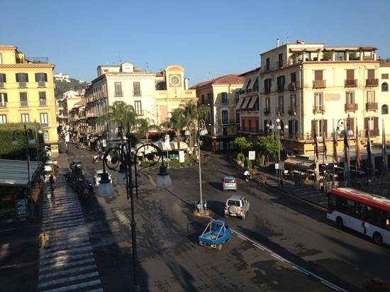 Piazza Tasso B&B: our view from the balcony in the morning