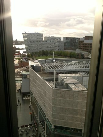 BridgeStreet at Liverpool ONE: vista da sala