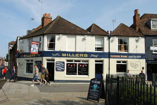 The Millers Arms: Esterno