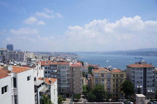 Urban Suites: View from the Roof Deck