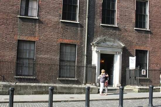 The Dublin Tenement Experience: 14 Henrietta St