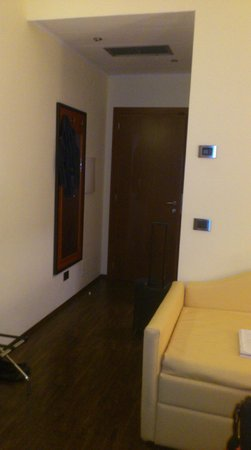Hotel Gullo: ingresso stanza