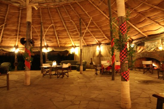 Cheetah Tented Camp: a punto de cenar