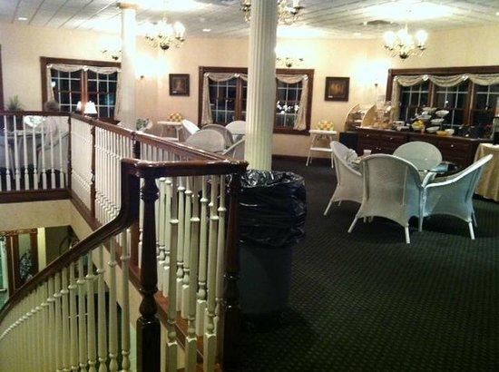 The Inn at Amish Door: Breakfast area