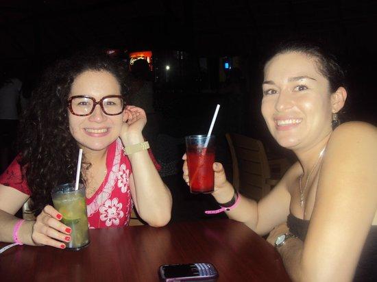 Hotel Playa Blanca Beach Resort: Coctel Time
