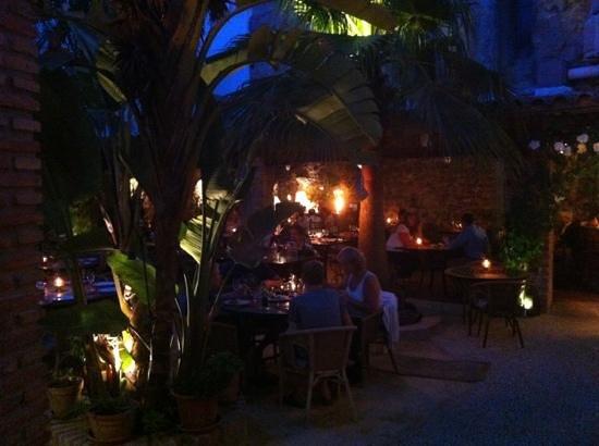 El jardin del califa fantastisch eten in een geweldige sfeer vejer de la frontera andalusi - El jardin del califa vejer de la frontera ...