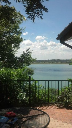 Lakehouse Bed & Breakfast: private balcony
