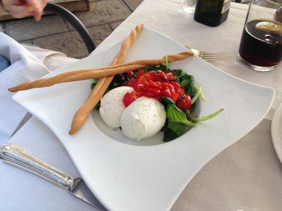 Taverna La Fenice : mozzarella and tomato