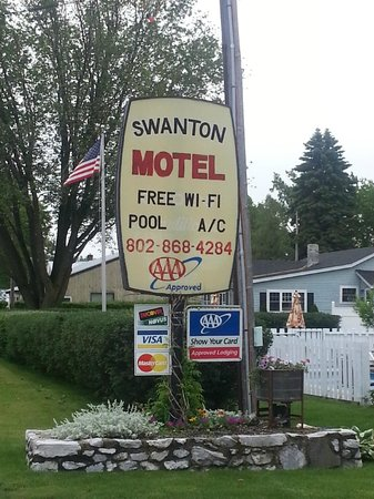 ‪‪Swanton Motel‬: From north on Rte 7‬