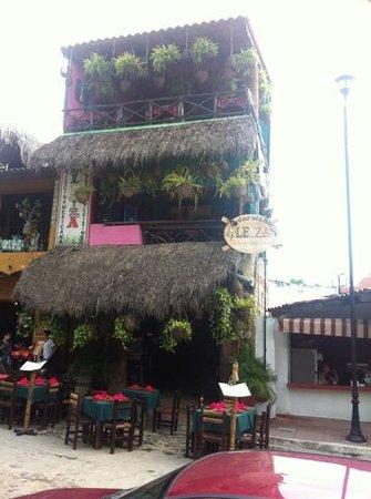Leyza Restaurant Bar Photo