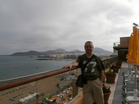 Reina Isabel Hotel: Disfrutando las vistas.