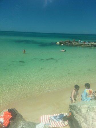 Barion Hotel & Congressi: пляж