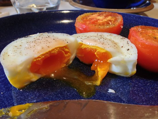 Ruthven Steadings: Darkest yolks I've ever seen on fresh eggs - amazing