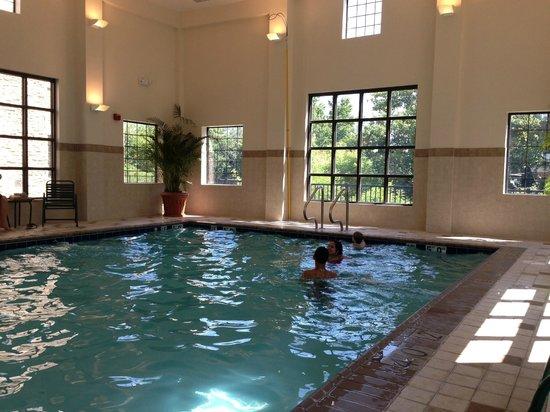 Staybridge Suites Chesapeake : Indoor Pool