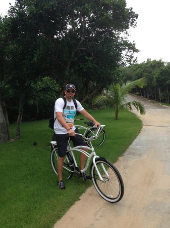 The Cove Eleuthera: awesome complimentary bikes (watch out for the hills)