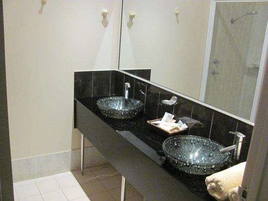Kununurra Country Club Resort: bathroom