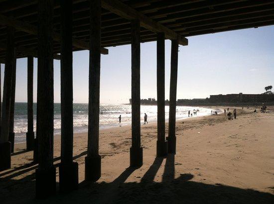 Vagabond Inn Ventura : Buenaventura Beach .