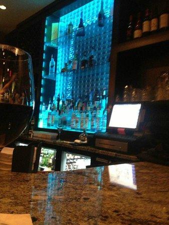 Blackbird Bistro: bar area