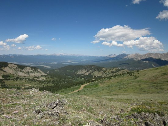 Cottonwood Pass: The view from the path.